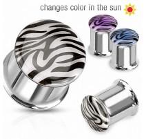 Piercing plug zébré réactif au soleil