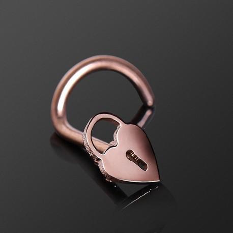 Piercing nez or rose cadenas coeur