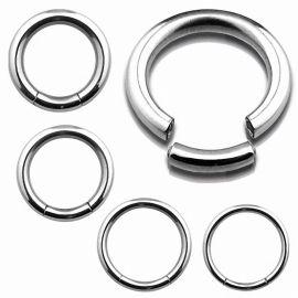 Piercing anneau segment