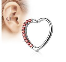 Piercing cartilage daith coeur strass rouges