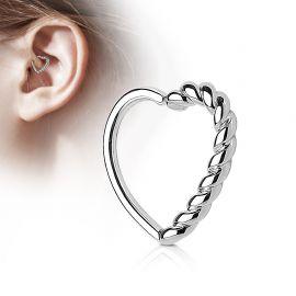 Piercing cartilage daith coeur tressé